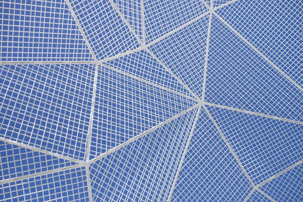 white and blue diamond pattern