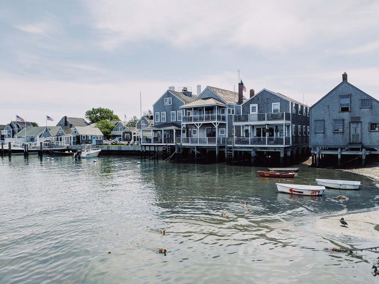 waterfront homes in Nantucket