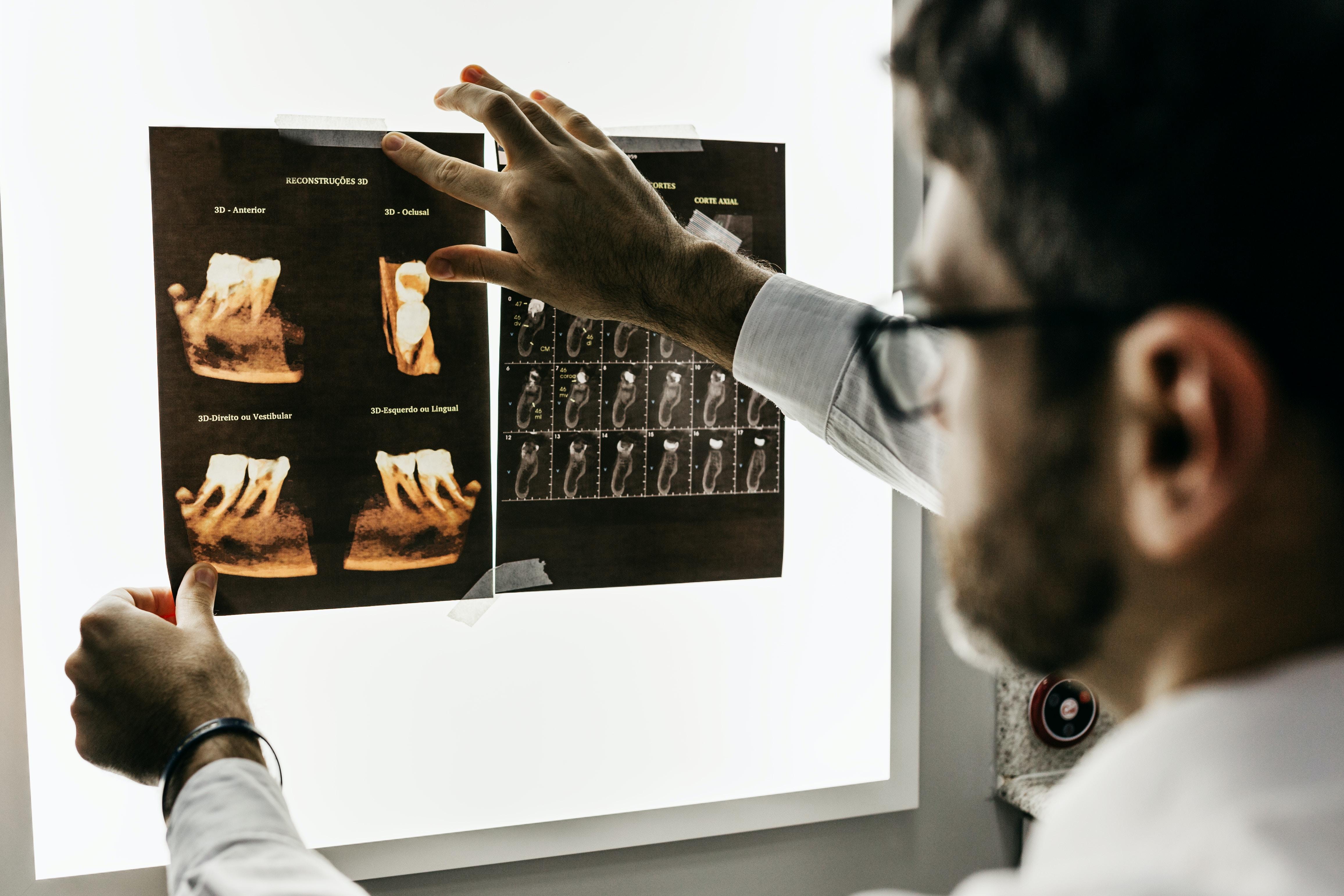Medical School Uses AI