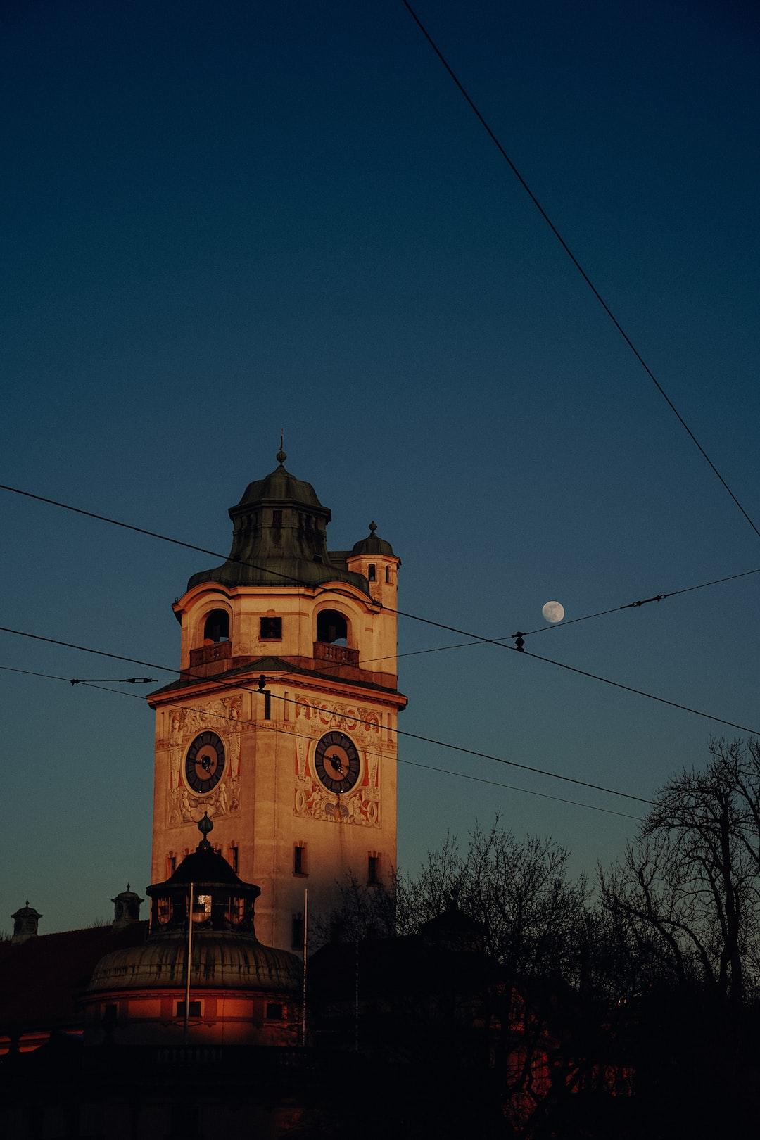 Müllersches Volksbad in der Abendsonne
