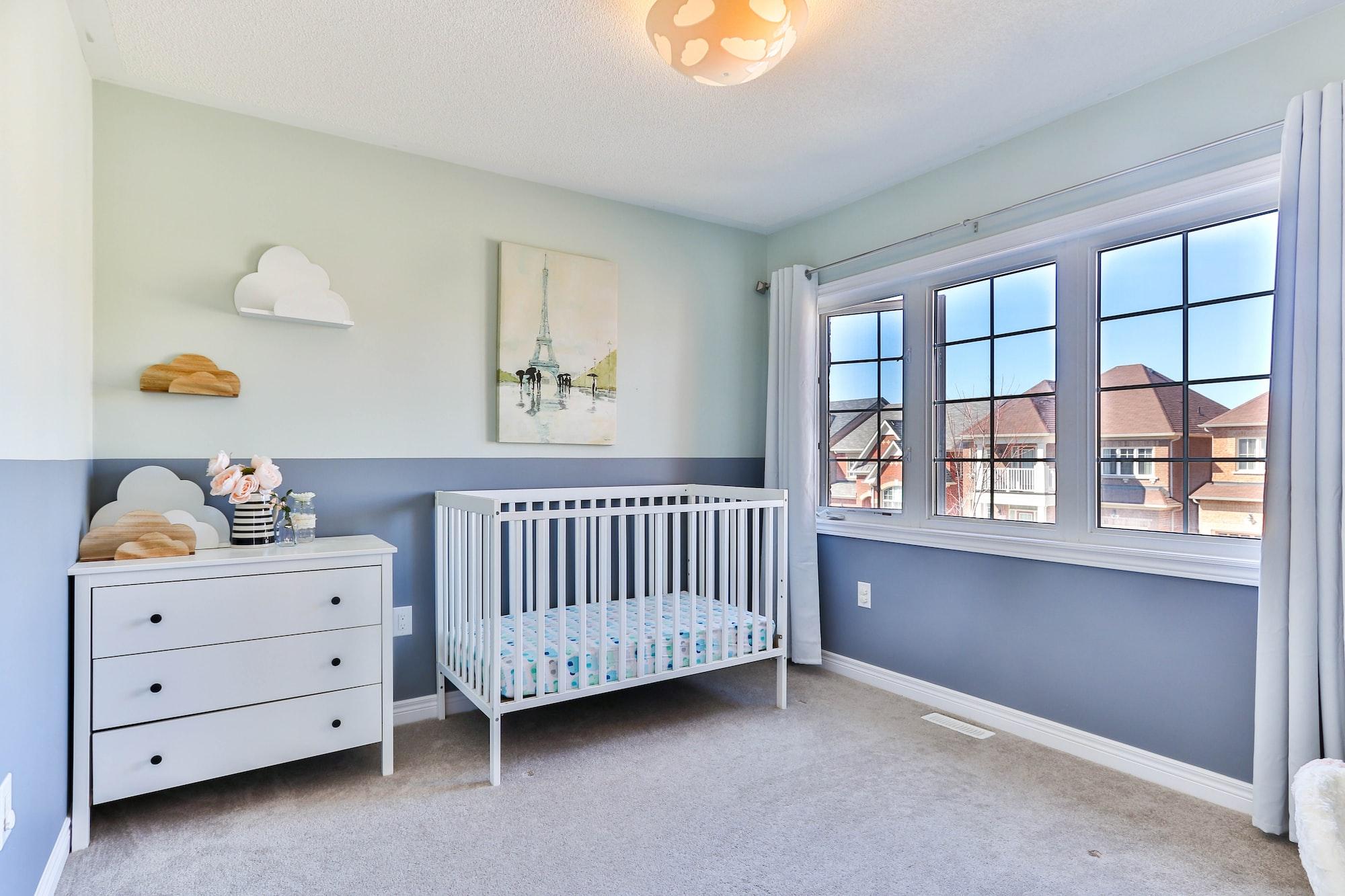 10 essentials for your baby's bedroom