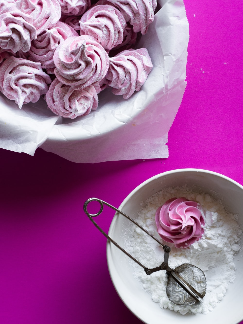 pink rose bouquet on white ceramic bowl