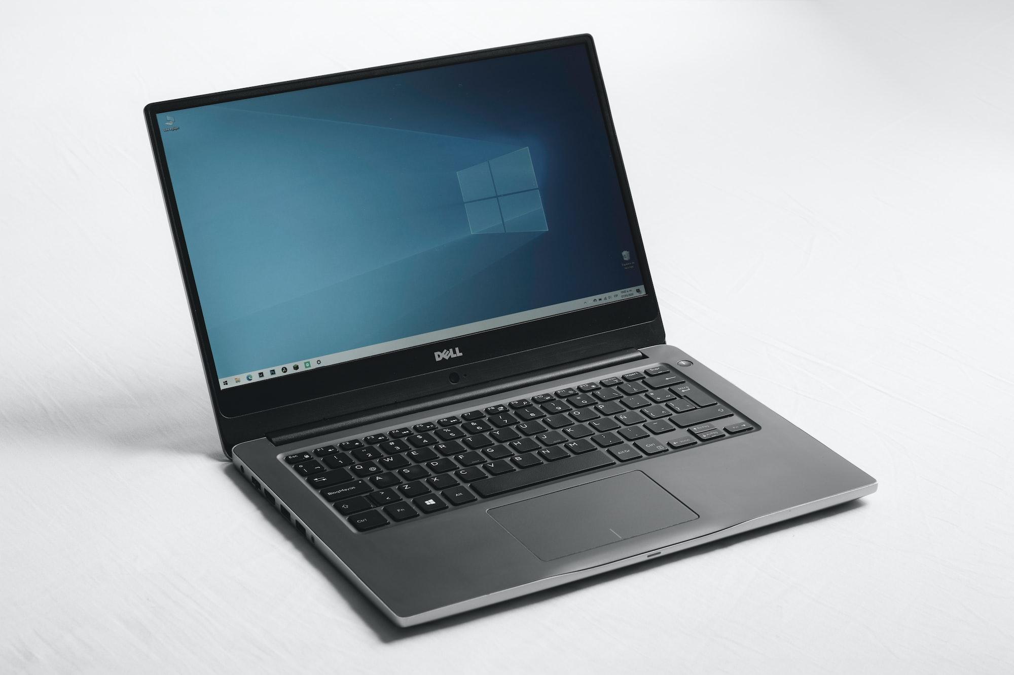 Laptop Dell Windows White