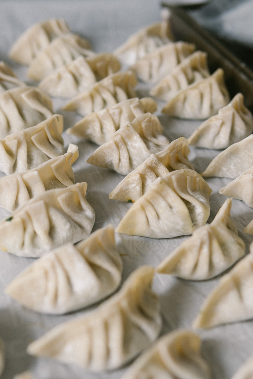 pleating of momos for veg momos recipe