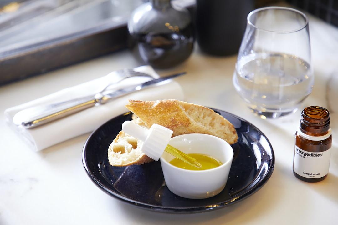 A delicious CBD oil to accompany an stimulating breakfast.  Une délicieuse huile CBD pour accompagner un petit-déjeuner vivifiant.