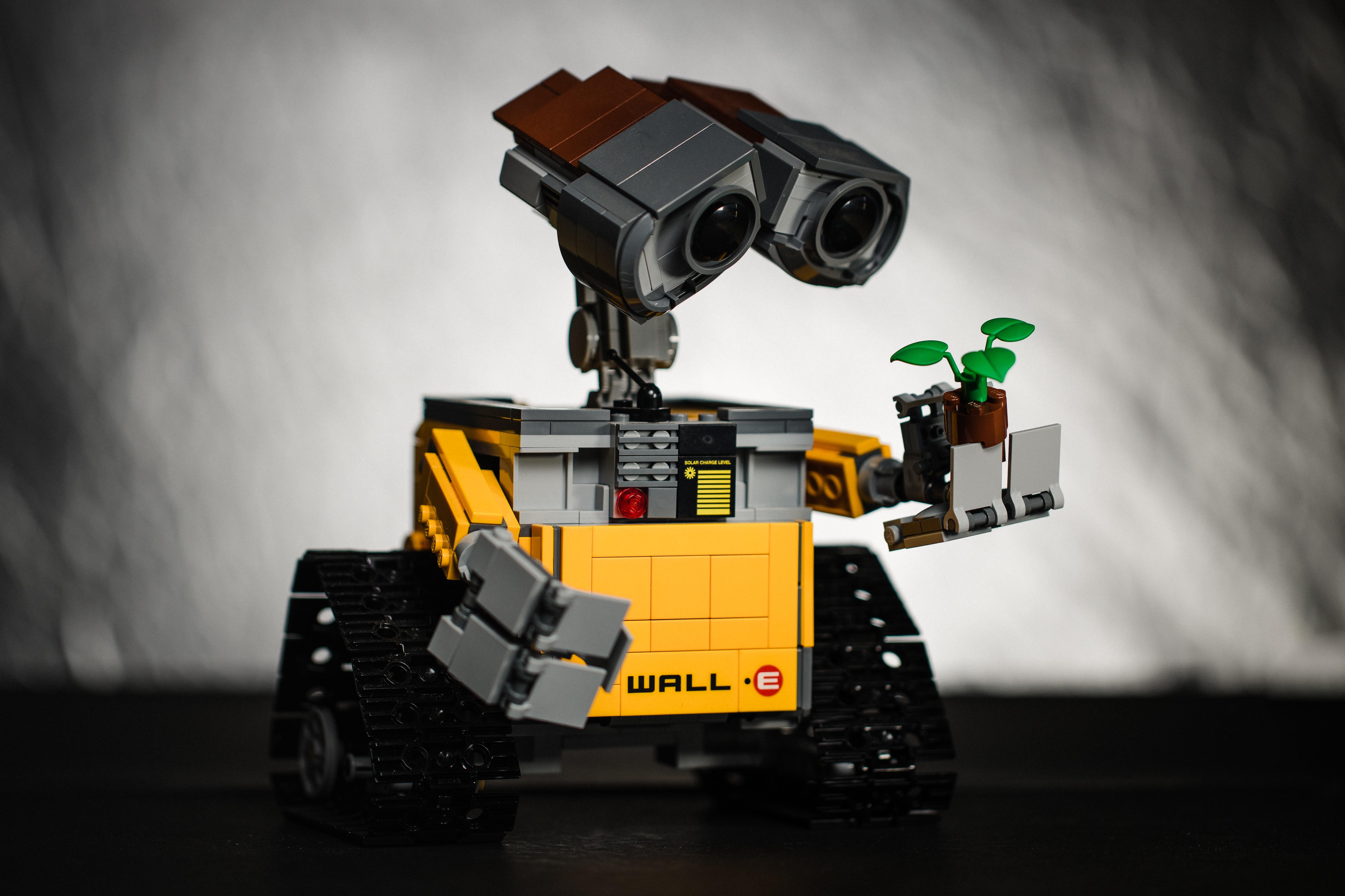 DHL Adding Robots to Warehouses