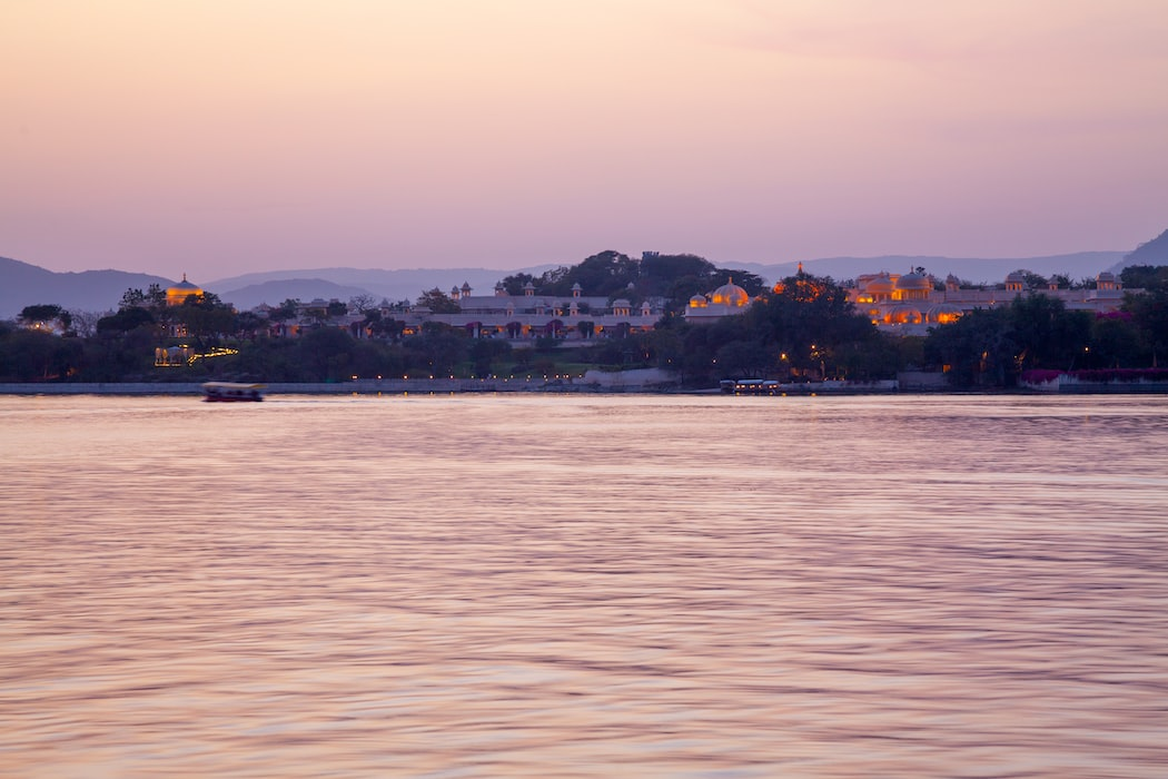 A beautiful click of Lake Pichola in Udaipur