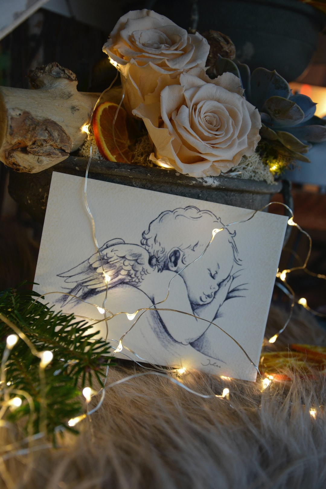 White roses with Angel draw