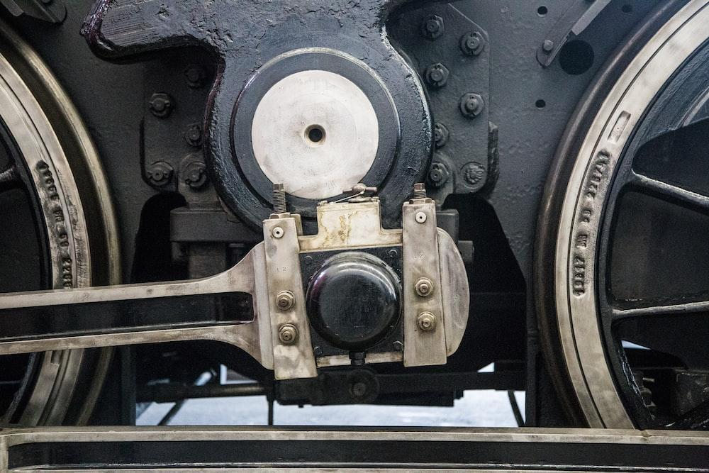 black and brown metal machine