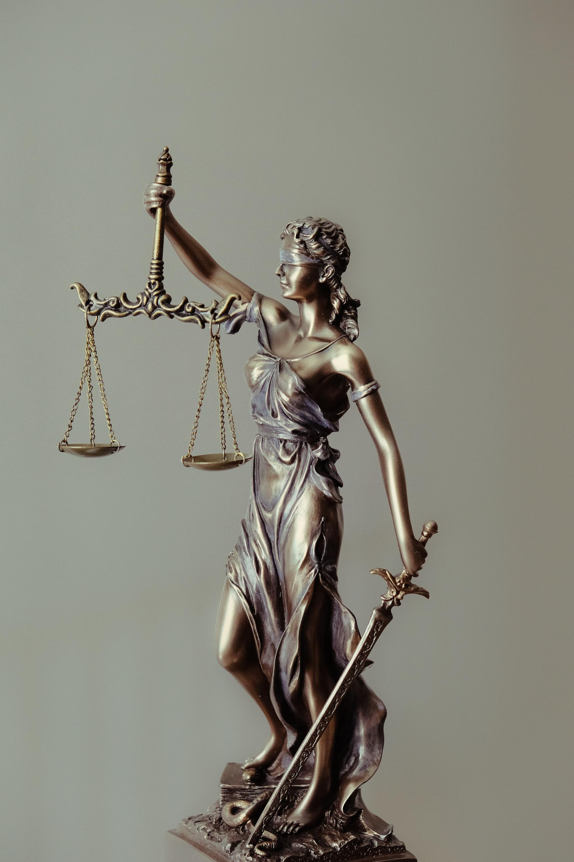 B-besvarelse i menneskerettigheter