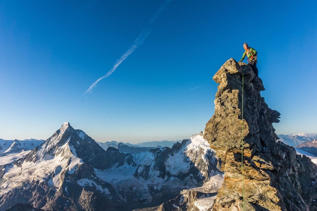Climbing Dent Blanche 4357m