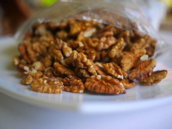 walnuts brain engancing supplements