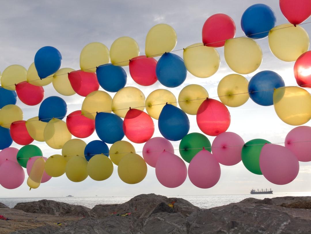 Balloons on the banks of the Bosporus