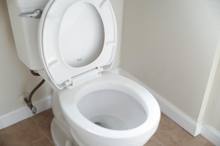 Une cuvette de toilette.   Photo : Unsplash