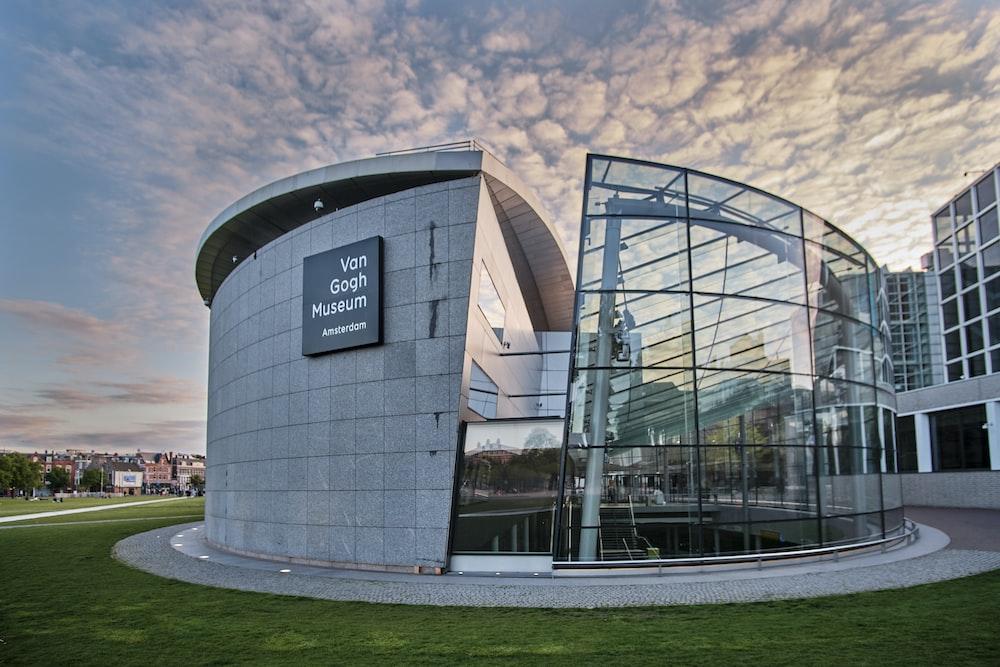 SmartView Media - Van Gogh Museum