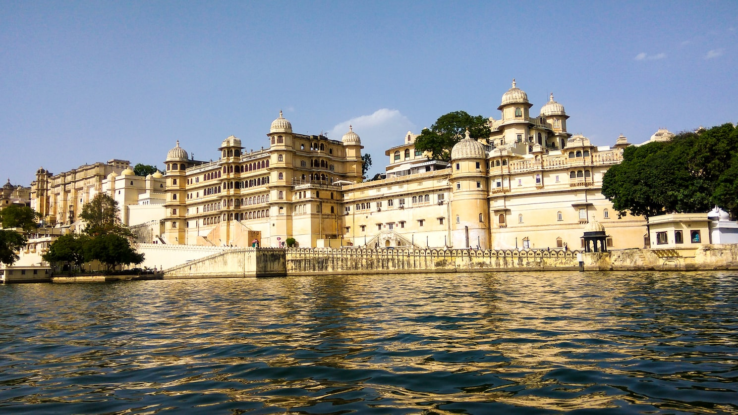 Gems of Udaipur during 3 Nights and 4 days Honeymoon tour