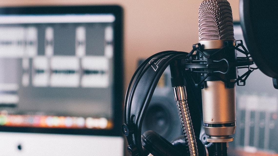 """Unser Podcast """"Feierabend"""" ist da!"""