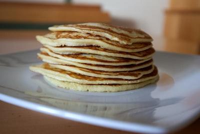 Proteinpandekager uden banan - med og uden proteinpulver 🥞
