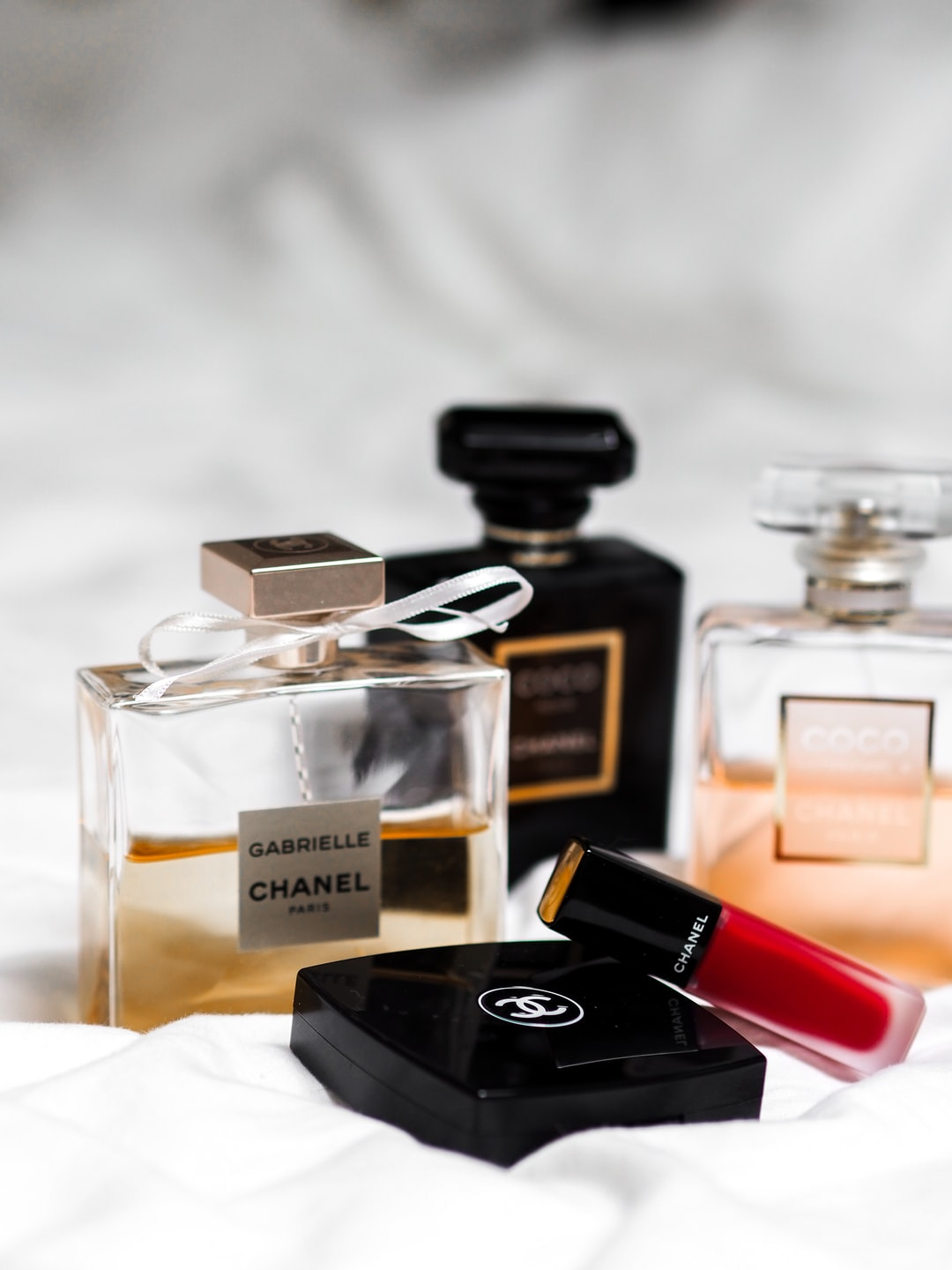 Video Reviews – Top 10 Perfumes Of All Times!