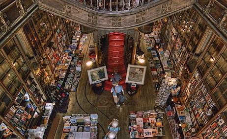 Librería Lello, en Oporto. Foto Peter Justinger-Unsplash