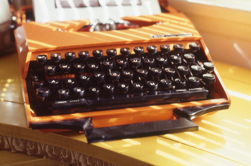 black and brown computer keyboard