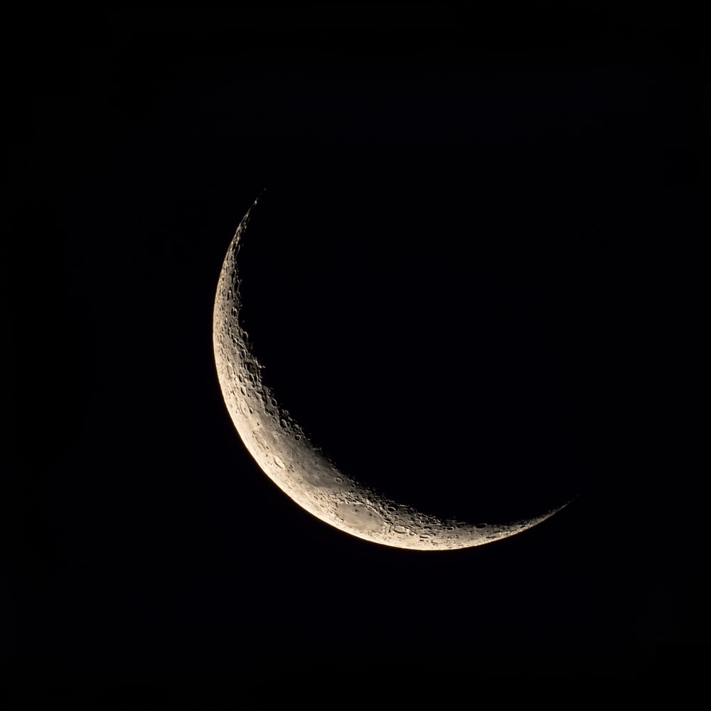 crescent moon in the sky
