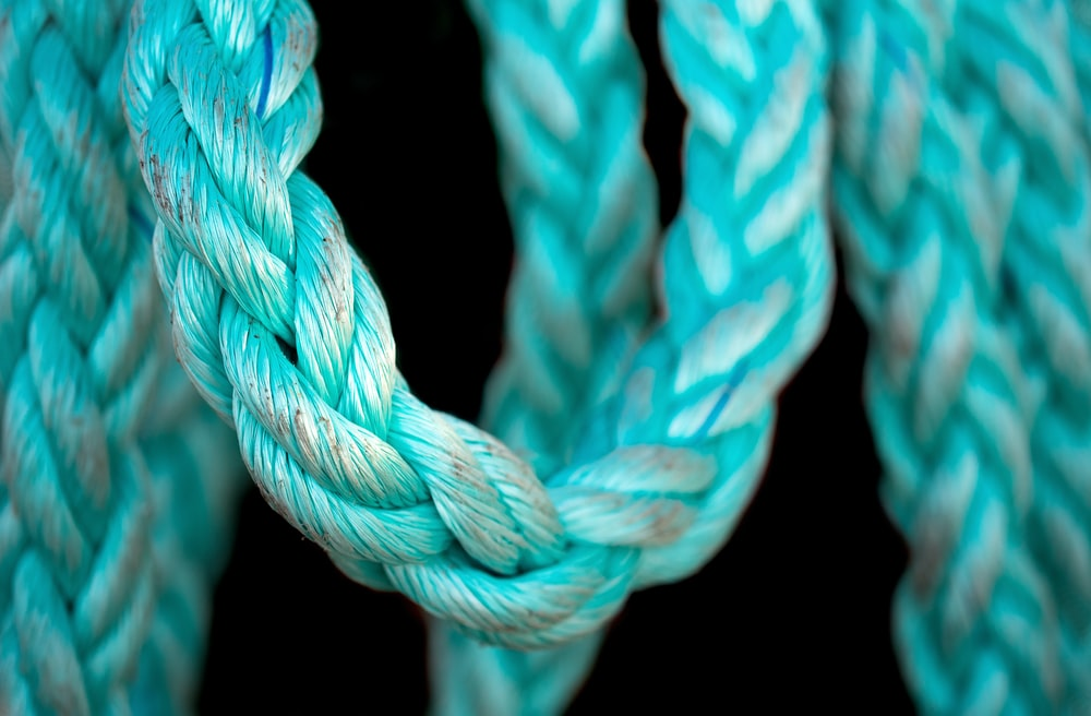 blue and white rope illustration