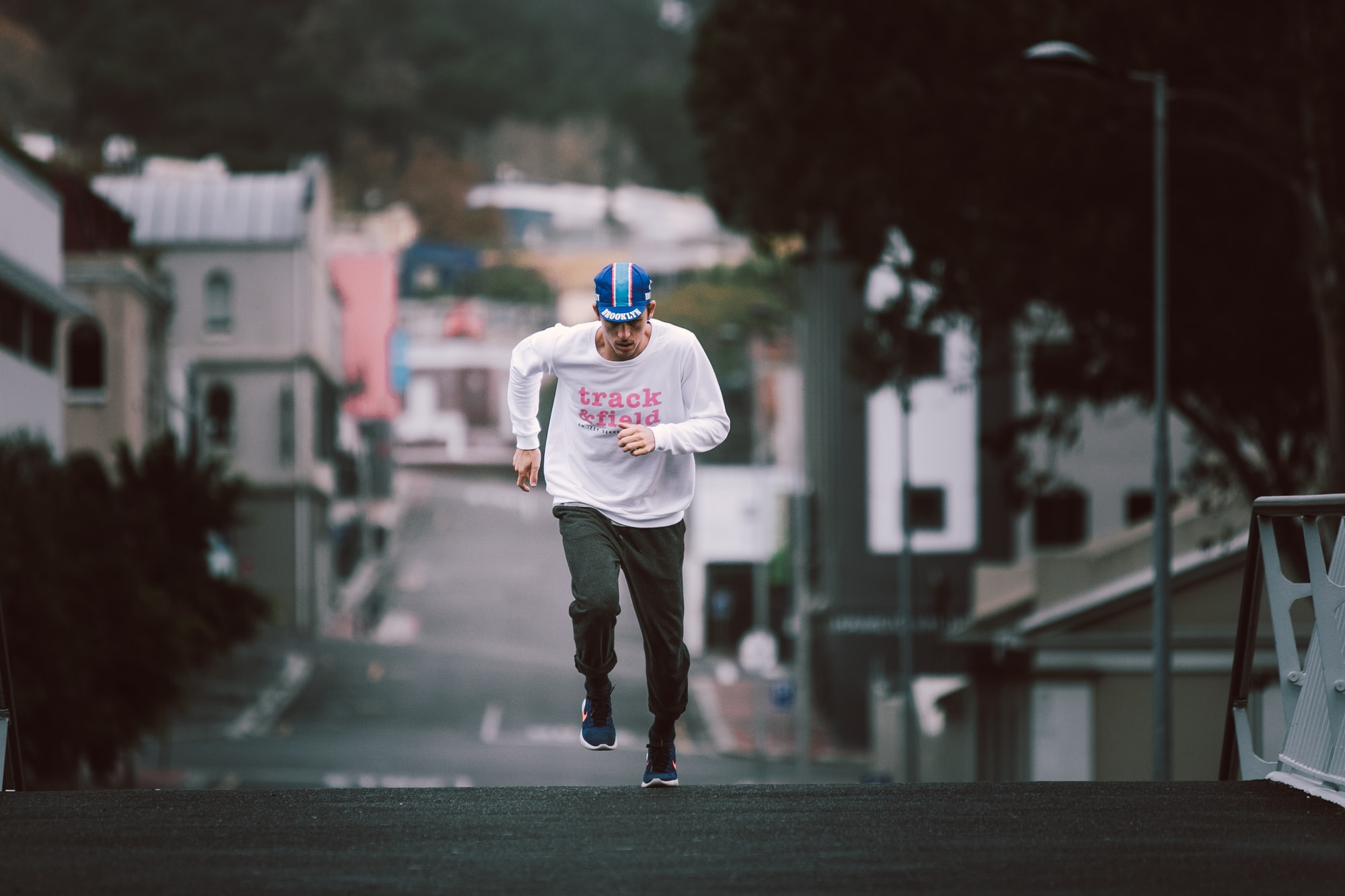 Runner in Cape Town wearing vintage running clothing.