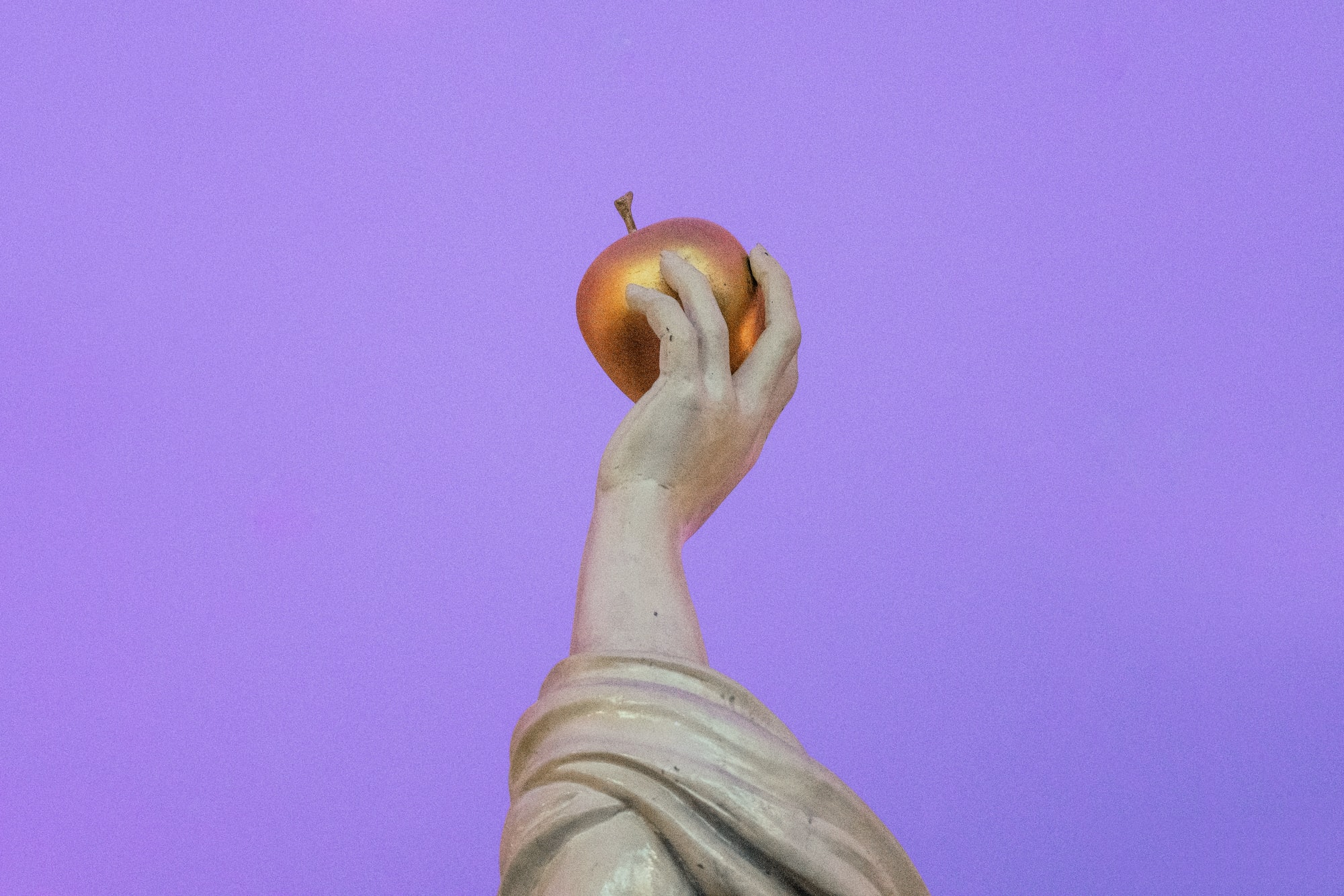 A Brief Mythical History of the Apple