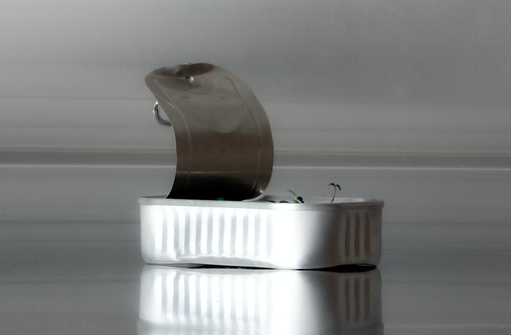 brown and white ceramic vase
