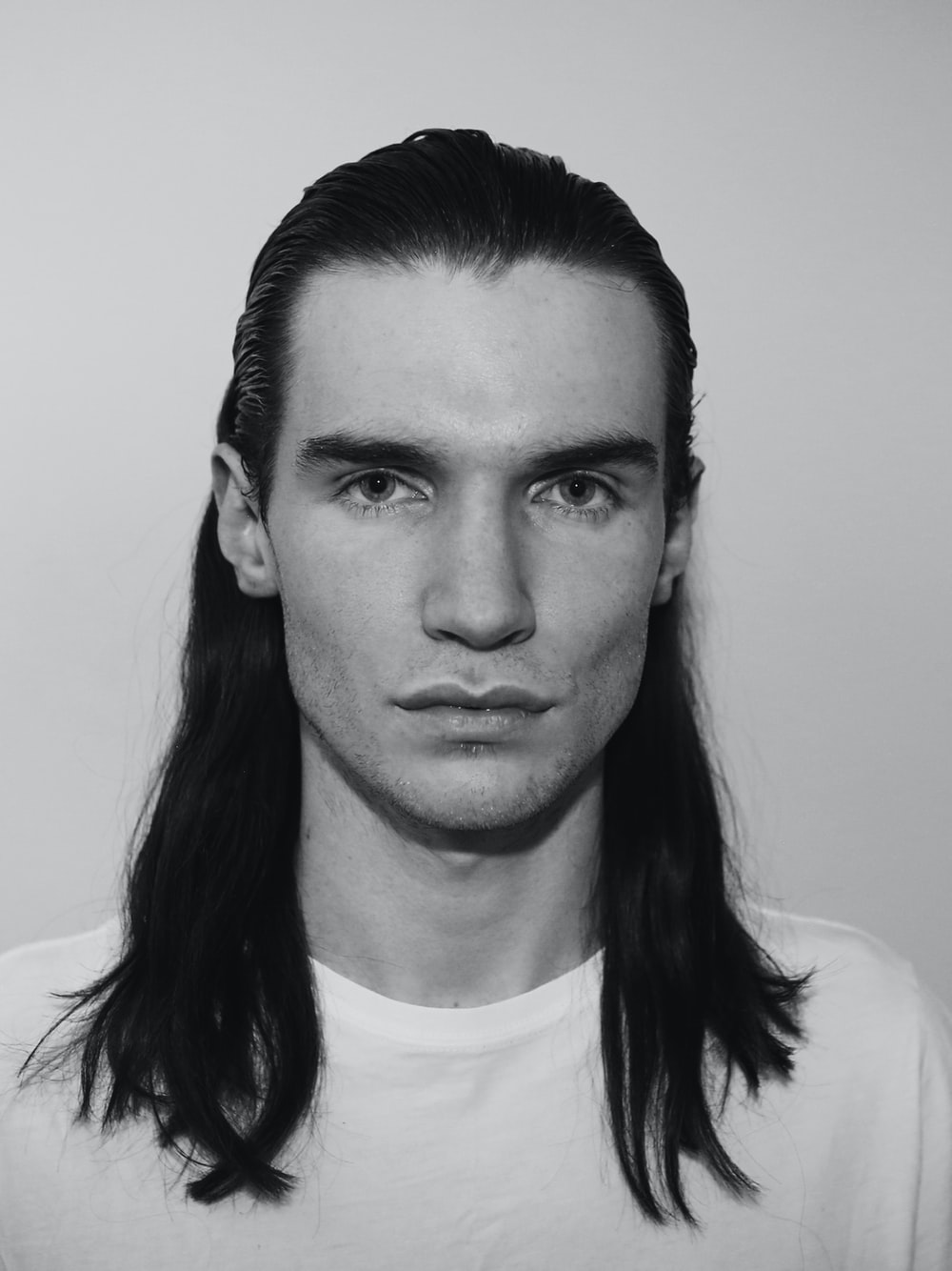 Pictures of men with long hair