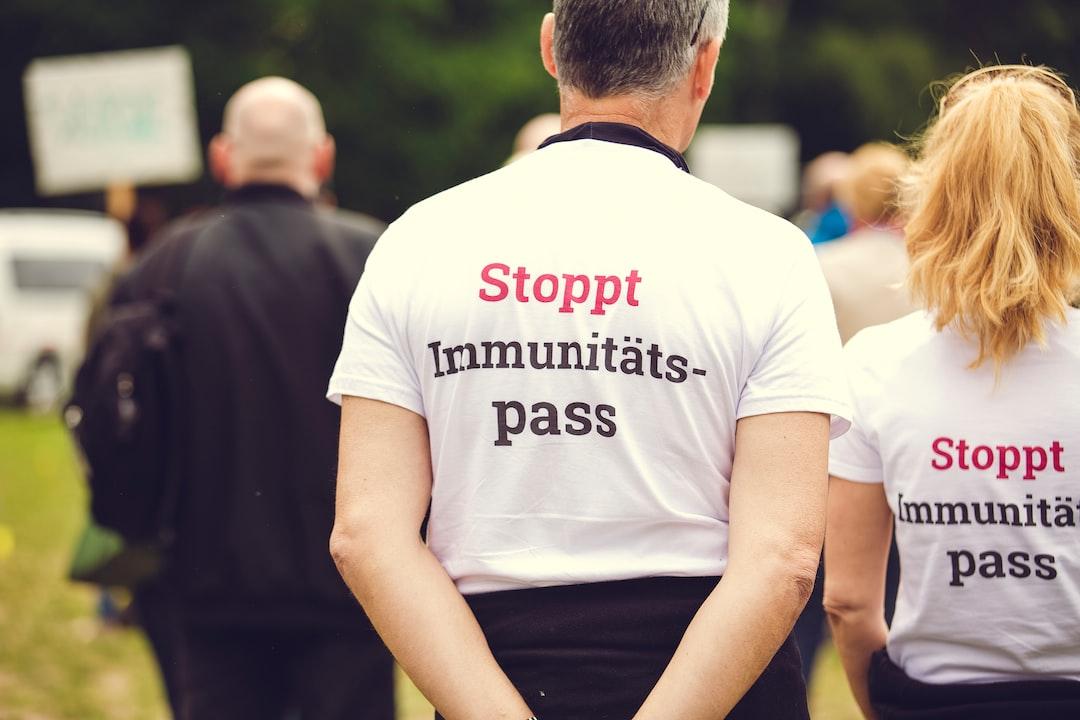 Stops immunity pass – Stoppt Immunitätspass. Civil movement – Anti corona protest – Opponents of vaccination. Restriction of freedom.