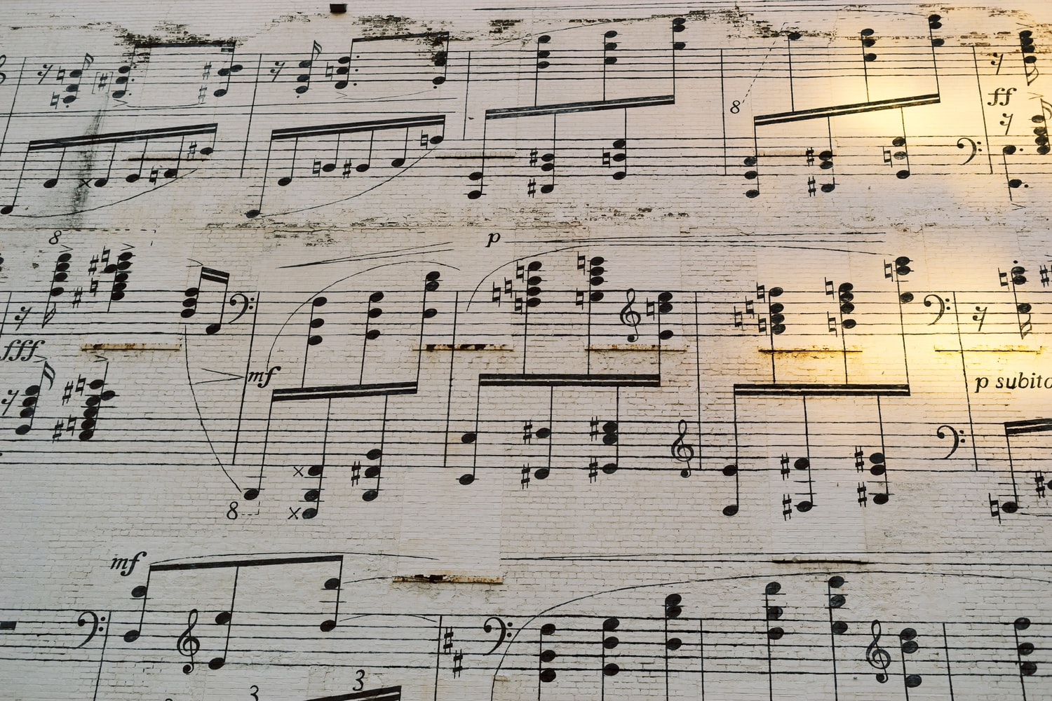Sheet music with lots of complicated melodies, that is now how Melodic Intonation