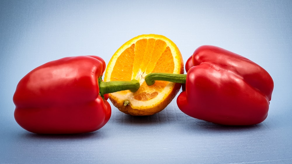 red bell pepper beside sliced lemon