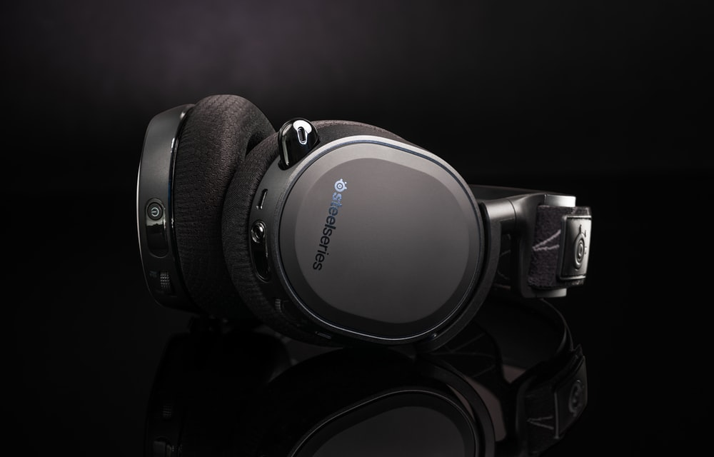 black and silver sony headphones