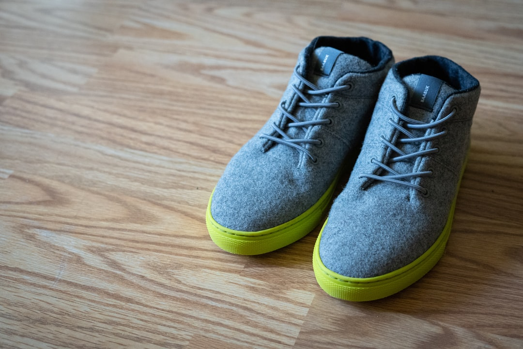 Sustainable and eco-friendly wool shoes by Baabuk