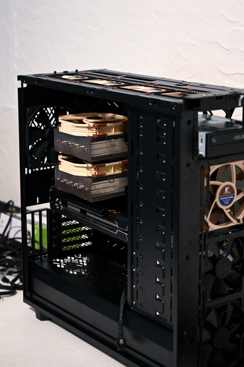 black and brown computer tower