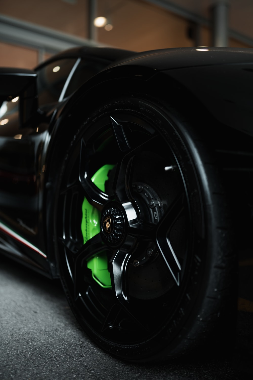 black and green car wheel