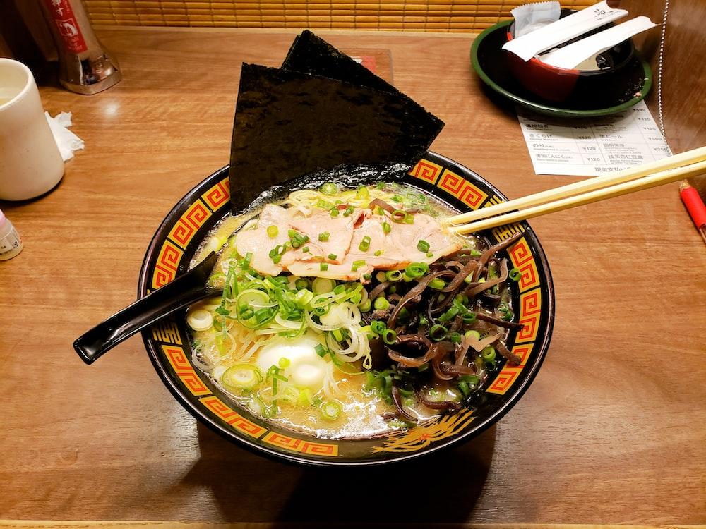 ramen dish on brown ceramic bowl