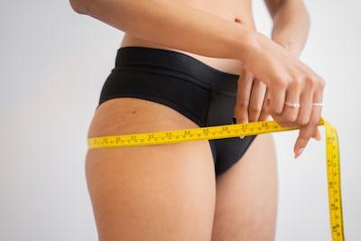 Talje-hoftemål: Mål dit taljemål og beregn talje/hofte-ratio