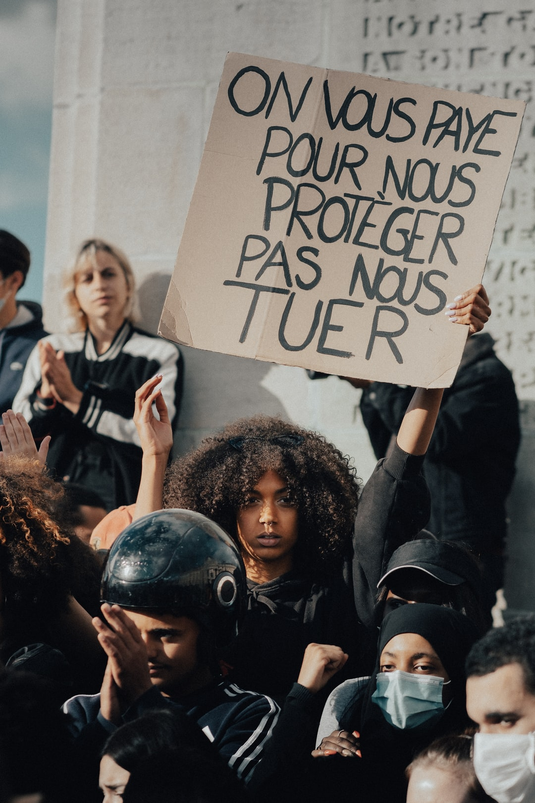« we pay you to protect us, not kill us»