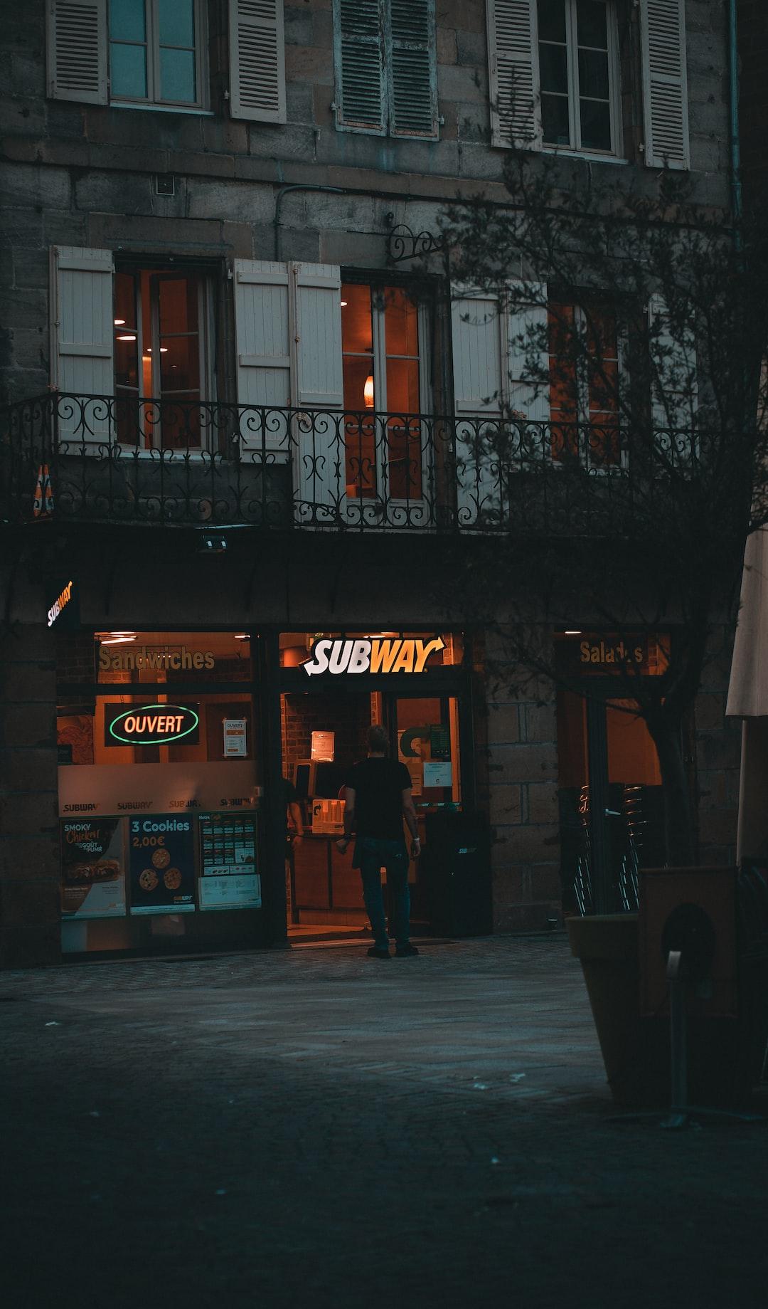 Subway vibes.🌯