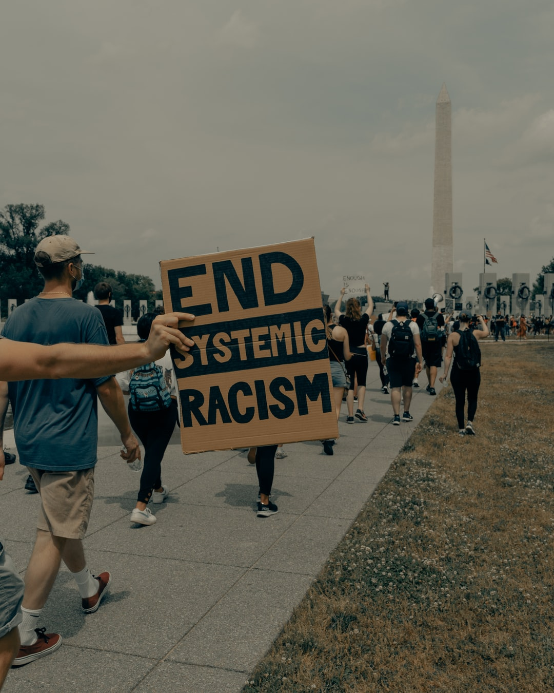People march towards the Washington Monument at the Black Lives Matter protest in Washington DC 6/6/2020 (IG: @clay.banks)
