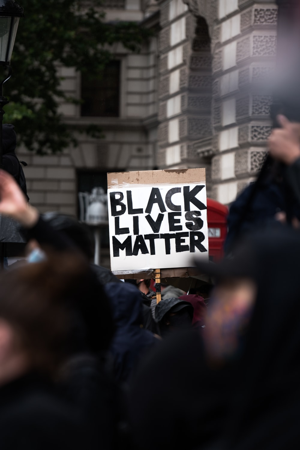 black lives matter protest schild