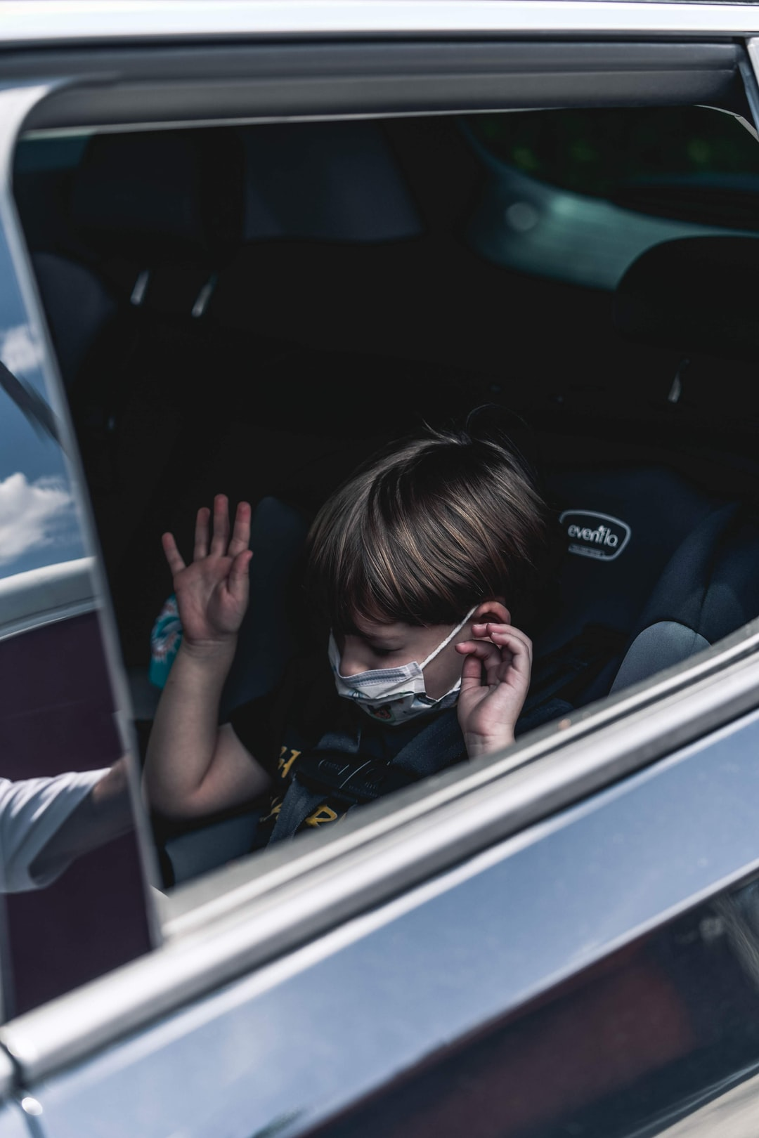 5 Tips for Driving Safely With Kids