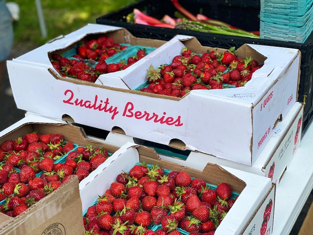 farmer's market, fruit, red, red fruit, strawberries