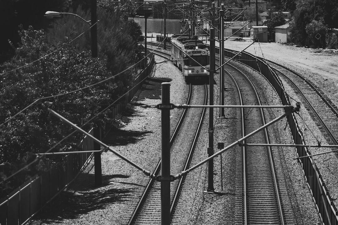 the Blue line passing through. Metro.