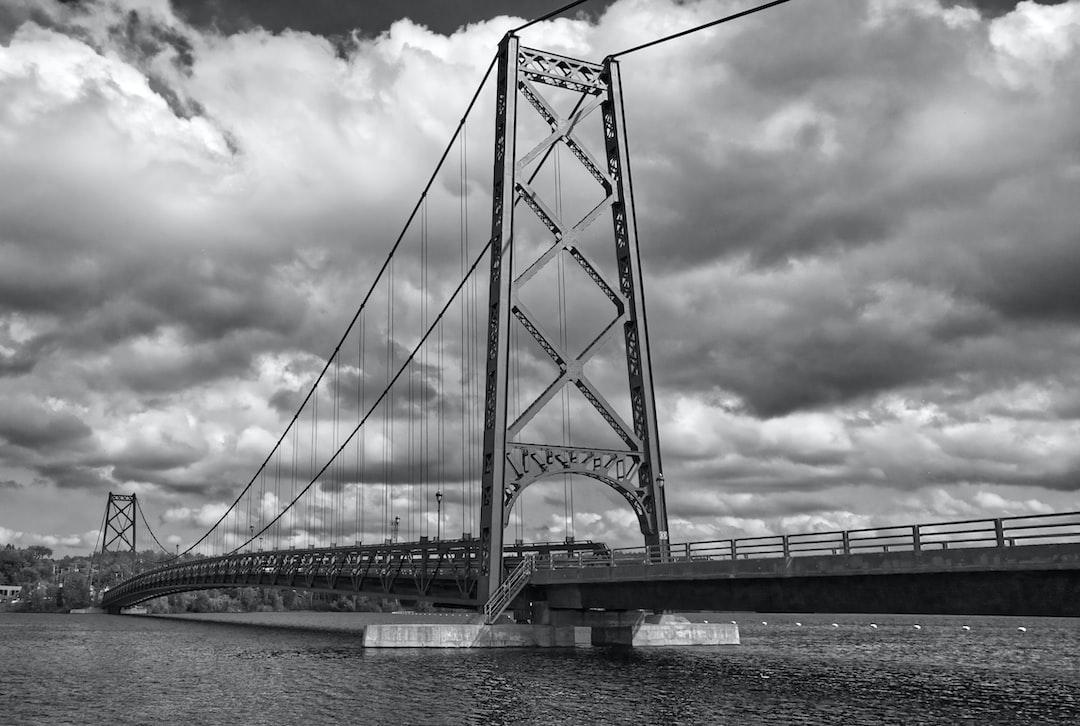 Autre perspective sur le pont de Grand-Mère.