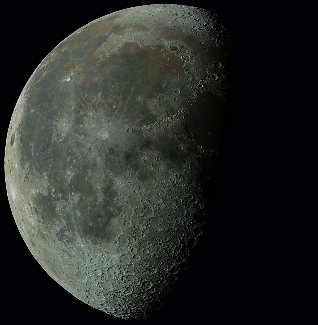 Waning gibbous moon (63%) from June 11th, 2020