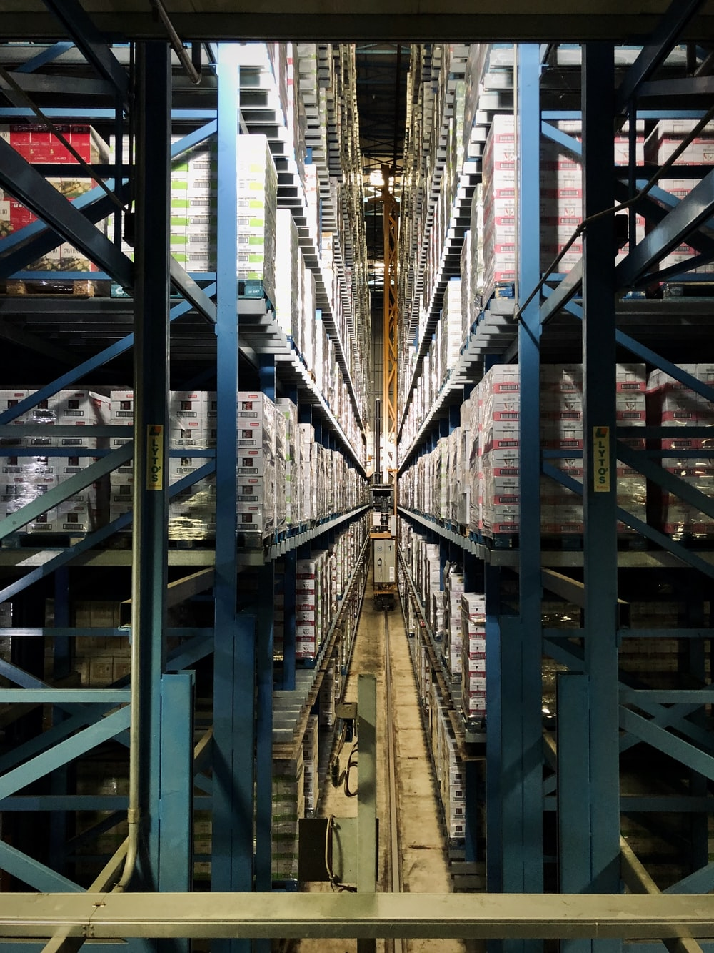 27 Warehouse Pictures Download Free Images On Unsplash